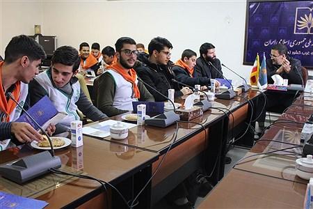 بازدید دانش آموزان پیشتاز هنرستان شهید شبیری از کتابخانه ملی غرب کشور | Sahar Chahardoli