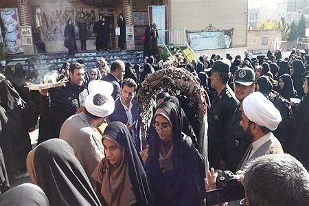 اعزام اولین گروه دانش آموزان دختر ناحیه دو شهرری  به اردوی راهیان نور | Javadtalatofi
