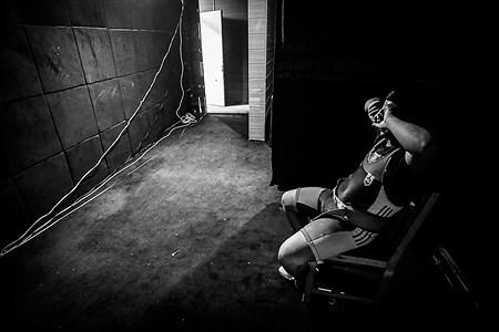 اتاق گرم | Ali Sharifzade