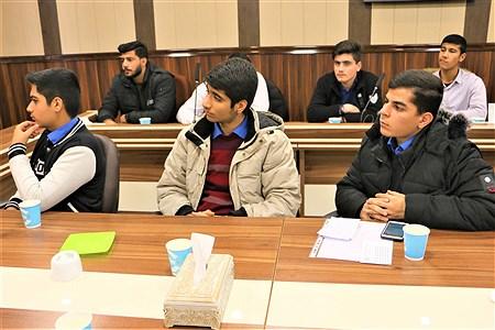 دیدار کاندیداهای دهمین مجلس  دانش آموزی با مدیر آموزش و پرورش ناحیه یکری | Amjad Amiri