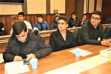 دیدار کاندیداهای دهمین مجلس  دانش آموزی با مدیر آموزش و پرورش ناحیه یک ری | Amjad Amiri
