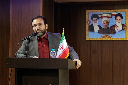 برگزاری همایش هفته پژوهش در چهاردانگه   Farzad Mohammadi