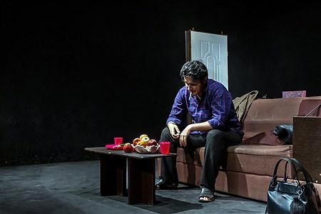 اجرای نمایش ازبیرون درسالن کوچک تالار محراب تهران | Rasoul Alaeddin