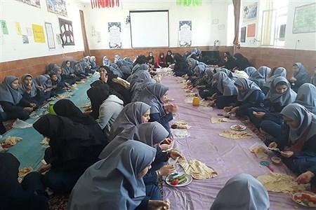 صبحانه سالم در مدارس ابرکوه   rajabinejad