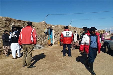 جمع آوری و بسته بندی کمک برای مناطق سیلزده؛ ایرانشهر | Zahra soltan abadei