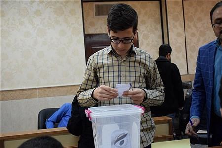 دهمین دوره انتخابات مجلس دانش آموزی استان قم (پسران) | Ali Ahmad niya