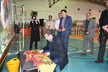 مانور یاوران انقلاب با حضور مدیرکل ،دانش آموزان و مربیان تشکیلات پیشتازان و سایر مسئولین  در کرمانشاه برگزار شد. |