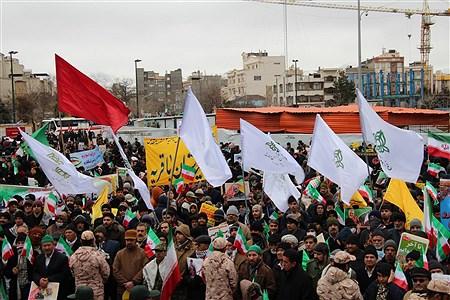 اجتماع و راهپیمایی مردم مشهد مقدس در دروز بیست و دوم بهمن ماه به جهت یاد بود پیروزی انقلاب اسلامی   Saleh Sarkhosh