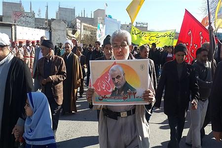 راهپیمایی 22 بهمن مقارم با اربعین شهادت حاج قاسم سلیمانی در کازرون | Korosh Khezri Motlagh