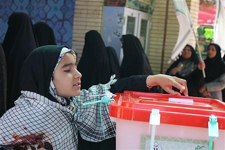 حضور حماسی مردم کرمان در انتخابات مجلس شورای اسلامی  | saleh karami