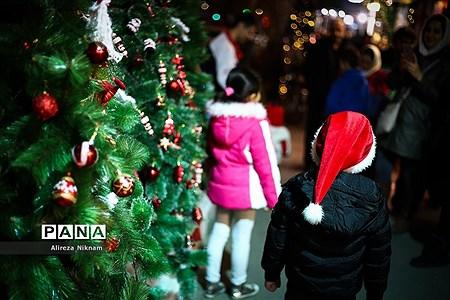 حال و هوای کریسمس در تهران |