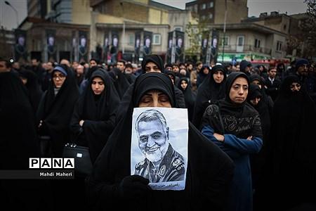 راهپیمایی دانشجویان تهران در پی شهادت سپهبد قاسم سلیمانی |