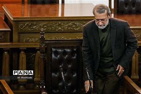 نشست خبری «رئیس مجلس شورای اسلامی» |