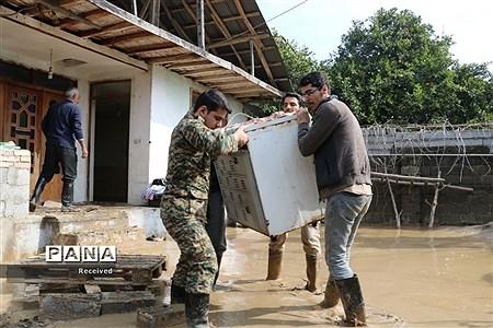 امدادرسانی به منطقه سیلزده سیمرغ |