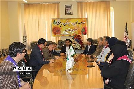 حضور مدیرکل آموزش و پرورش اصفهان در سازمان دانشآموزی استان |
