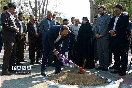 آئین کلنگ زنی ساخت مدرسه ۱۲ کلاسه در روستای علی آباد قاجار چهاردانگه |