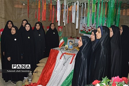 تشیع پیکر شهید گمنام در مراسم میهمانی لاله های روشن فیروزکوه |
