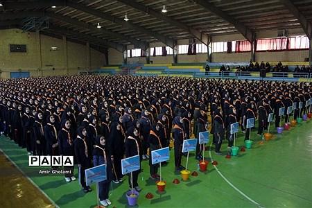 مانور تشکیلاتی 1200 نفره گام دوم انقلاب سازمان دانشآموزی شهرستانهای تهران در پاکدشت |
