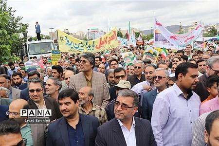حضور مسئولان آموزش و پرورش خراسان رضوی در راهپیمایی روز قدس مشهد |