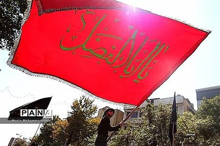 مراسم عزاداری روز عاشورا در مشهد مقدس |