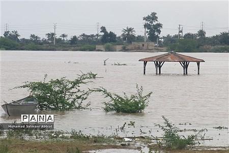 افزایش سطح آب رود کارون در اهواز |