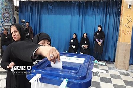 یازدهمین دوره انتخابات مجلس شورای اسلامی در اهواز |