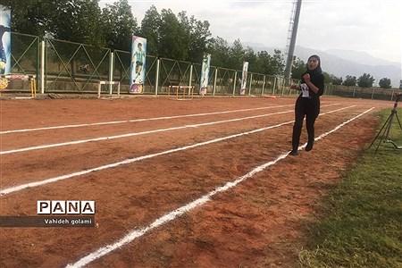 مسابقات دومیدانی متوسطه اول دختران دشتستانی |