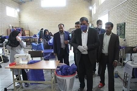 بازدید مدیرکل آموزش و پرورش استان کرمان از روند تولید ماسک در هنرستان ها | behzadi