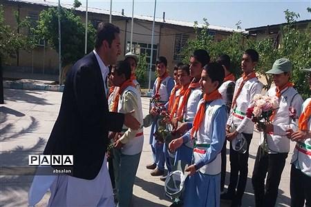 اجرای مراسم سپاس معلم در شهرستان خاش |