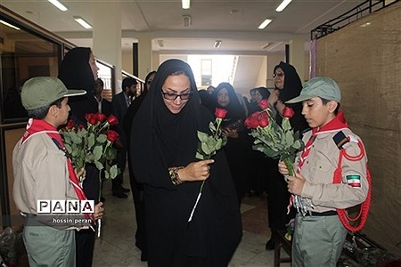 همایش تجلیل از مقام شامخ معلم و تکریم معلمان منتخب استانی |