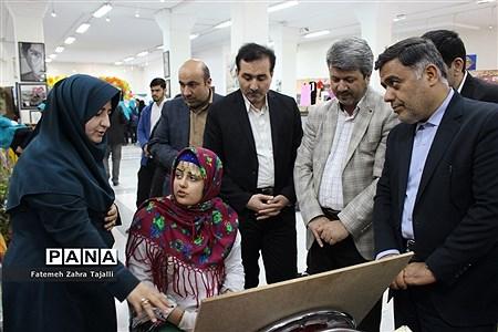 بازدید رئیس اداره کانونهای فرهنگی و تربیتی از غرفههای اولین جشنواره دستاوردهای کانونهای استان سمنان |
