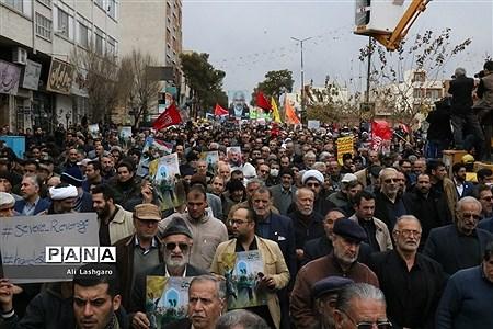 فریاد « مرگ بر استکبار » مردم سمنان در تایید انتقام سخت |