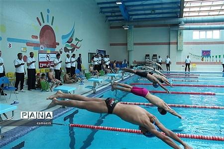 مسابقات ورزشی دانشآموزان پسر در شهرکرد |