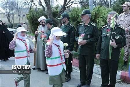 گرامیداشت روز پاسدار در کردستان |