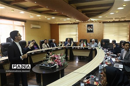 بررسی ایدههای پژوهشی دانشآموزان پیشتاز شهر رشت با حضور اعضای شورای اسلامی شهر رشت |