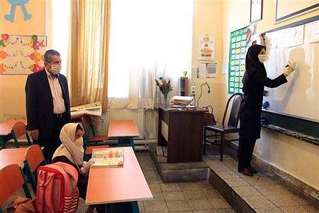 بازدید مدیر کل آموزش و پرورش آذربایجان شرقی و مدیران نواحی پنج گانه  تبریز از حضور دانش آموزان در مدارس بعد از بازگشایی مجدد   pana