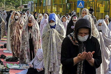 اقامه نماز عید سعید فطر در شهرک اکباتان | Behrooz Khalili