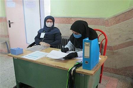 برگزاری امتحانات نهایی پایه نهم درواحدهای آموزشی شهرستان ملارد   Seiedeh Zahra Samadi