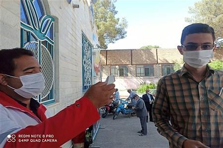 تب سنجی در هنگام ورود بهپنجمین دوره انتخابات مجمع عمومی جمعیت هلال احمر  کاشمر | MojtabaSahebzamani