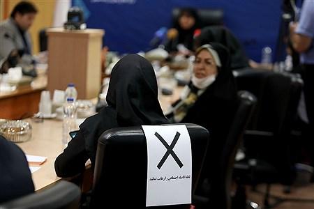 نشست خبری مدیرکل ارزیابی عملکرد آموزش و پرورش   Bahman Sadeghi