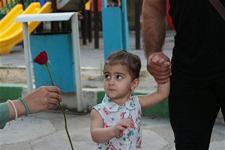 اهدا شاخه گل | Abolfazl Akbari