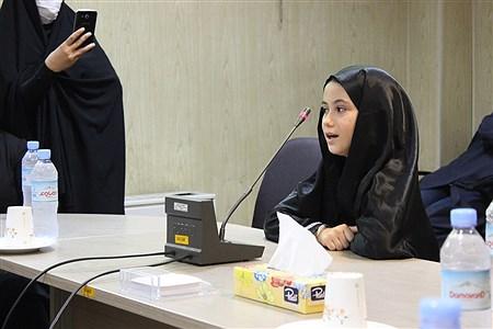 مراسم تجلیل ازدختران و  بانوان نخبه و نمونه اسلامشهر | Zahra Sohrabi