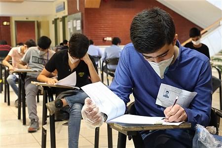 رقابت بیش از 18 هزار دانشآموز برای ورود به مدارس نمونه دولتی در فارس | Ahmadreza Karimiyan