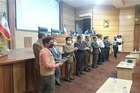 جلسه تجلیل از خبرنگاران  با حضور سردبیر های نشریات و فرماندار و مدیر آموزش و پرورش  در فرمانداری شهرستان کاشمر برگزار شد. | AbbasAliShahabian