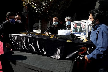 تشییع پیکر حجت الاسلام روح الله حسینیان | Bahman Sadeghi