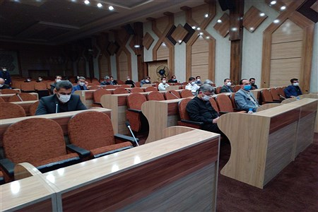 پنجمین جلسه شورای آموزش و پرورش در فرمانداری کاشمر با رعایت پروتکل های بهداشتی رعایت شد. | MojtabaSahebzamani
