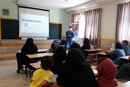 اردوی جهادی ویزیت رایگان خانواده ها و دانش آموزان شهرستان اسلامشهر | Zahra Sohrabi