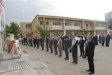 ادای احترام همکاران اداره کل آموزش و پرورش خراسان شمالی به مقام شامخ شهدا      Yazdani