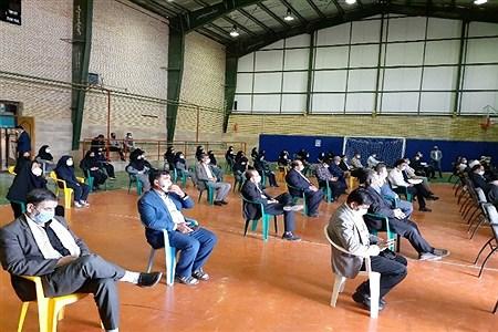 همزمان با سراسر کشور، آیین نواختن زنگ ((مقاومت،ایثار و شهادت)) با حضور دانش آموزان و مسئولین ادارت کلات در محل سالن فاطمیه برگزار شد   Ali Saadati