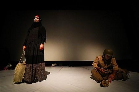 نمایش دستهایت کو مم حسن در جزیره کیش   Amir Hossein Yeganeh